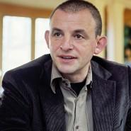 Der Schauspieler Dominique Horwitz (hier bei einem Interview in Weimar im Jahr 2007)