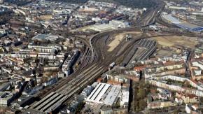 """Die Deutsche Bahn macht den Weg frei für das Projektgebiet """"Mitte Altona""""."""