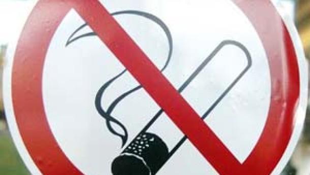 3300 Menschen sterben jährlich durch Passivrauch