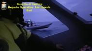Schmugglerjagd auf hoher See