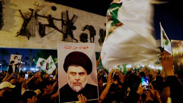 Schiitischer Geistlicher Al-Sadr wohl Wahlsieger im Irak