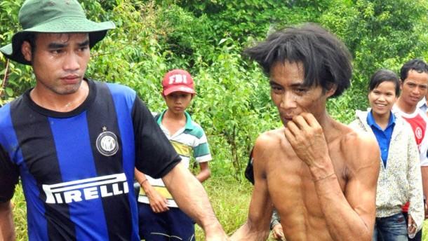 Männer nach angeblich 40 Jahren im Wald wieder aufgetaucht