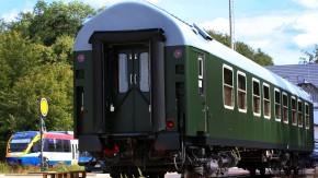 Der historische Salonwagen des ehemaligen DDR-Regierungszuges kann für Übernachtungen gebucht werden.