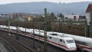 ICE-Strecke wegen Bauarbeiten gesperrt
