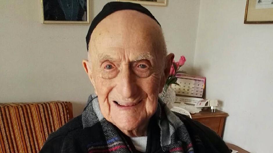 Yisrael Kristal im Januar 2016 in seinem Zuhause in Haifa