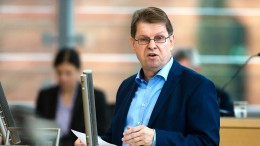 """""""Ein grobes Foul gegen die SPD"""""""