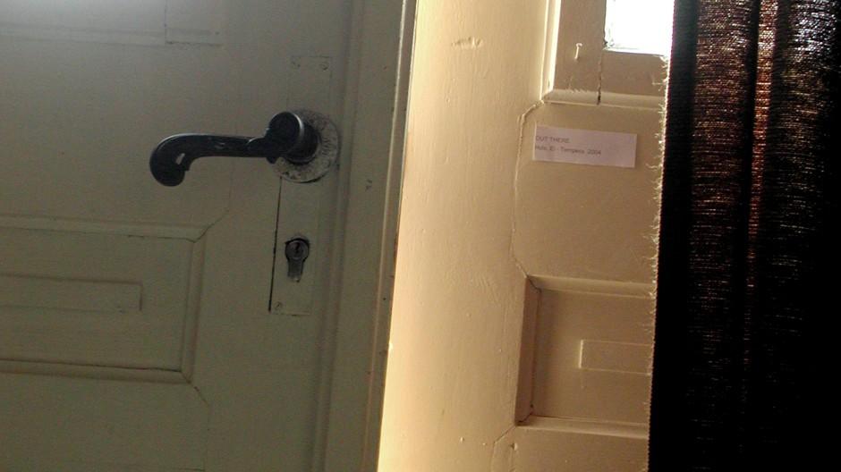 einbrecher im haus der muss hier raus der darf nicht entkommen kriminalit t faz. Black Bedroom Furniture Sets. Home Design Ideas