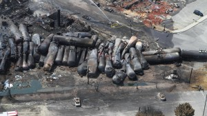 Wohl 50 Tote nach Zugunglück – Lokführer suspendiert
