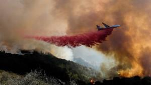 Mehr als 1000 Feuerwehrleute kämpfen gegen Brand in Kalifornien