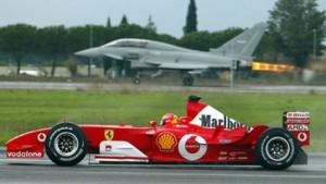 Schumacher nur einmal schneller als Kampfjet
