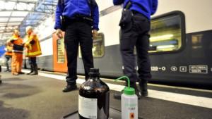 Behälter mit ungefährlichen Grippe-Viren explodiert
