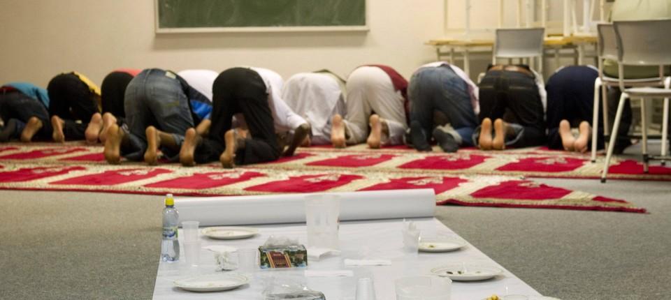 Ramadan Im Hohen Norden Wann Essen Wenn Die Sonne Nie Untergeht