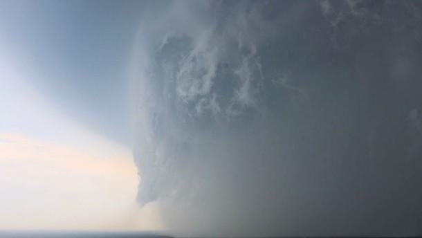 Nach schweren Unwettern beruhigt sich die Lage