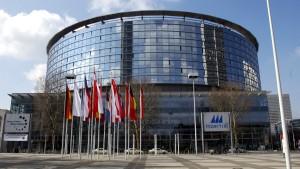 Polizei und Aktivisten geraten in Frankfurt aneinander