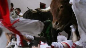 Fast 80 Verletzte bei Stierhatz in Pamplona