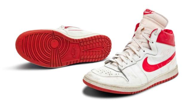 Sneaker von Michael Jordan für fast 1,5 Millionen Dollar verkauft
