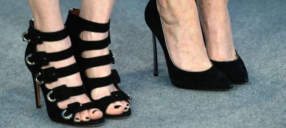 OLG Hamm: Stöckelschuhträgerin selbst schuld an Stolper