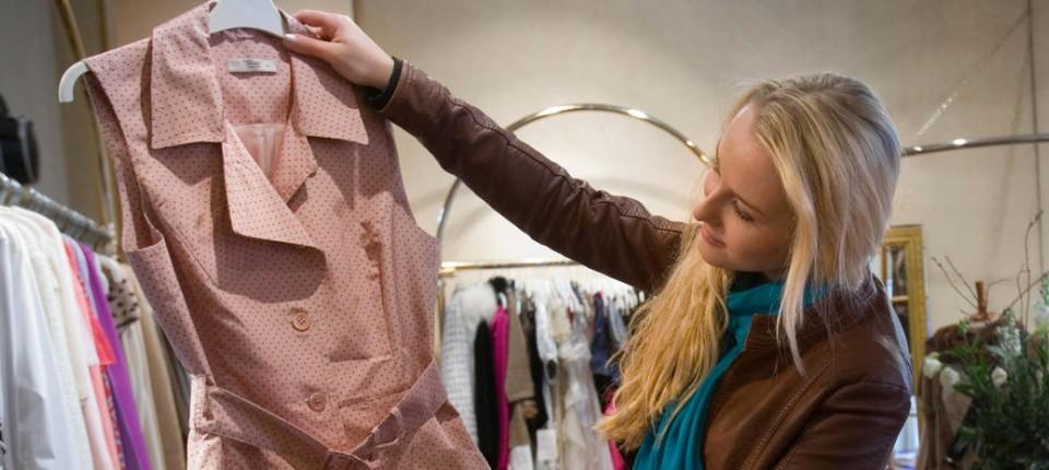 """55e4eac3724cfb Greenpeace-Studie """"Kleidung ist so viel Wert wie Wegwerfgeschirr"""""""