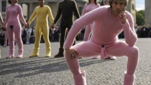 "Skandal: ""Borat"" mit angenähtem Genital"