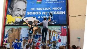 Soros schlägt gegen Orbán zurück