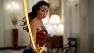 """""""Wonder Woman 1984"""": Superheldin über den Wolken"""