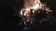 Das Feuer in dem Mädchenwohnheim in Adana am Dienstagabend