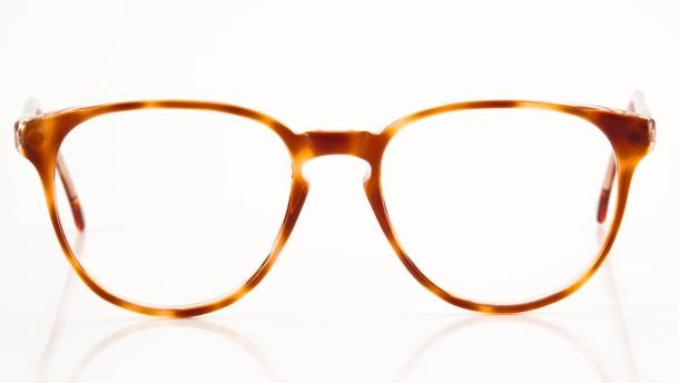 """""""Man kann auch herzförmige Brillen tragen"""""""