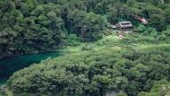 Touristin überlebt einen Monat allein in den Bergen