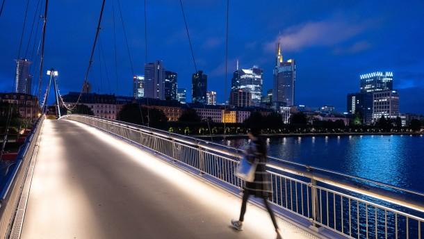 Mehr Einkommensmillionäre in deutschen Banken