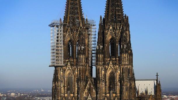 Abbau von prominentem Gerüst am Kölner Dom verschiebt sich
