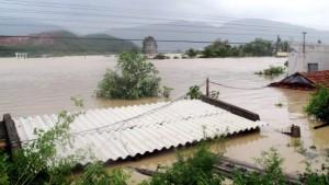 Mindestens 98 Tote bei Tropensturm