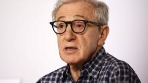 Moses Farrow nimmt Adoptivvater Woody Allen in Schutz