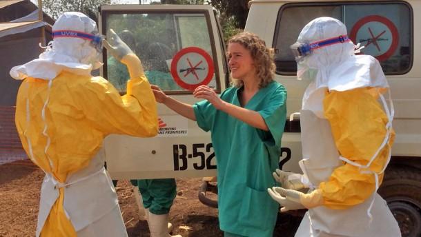 """Ärzte ohne Grenzen: Ebola-Epidemie """"außer Kontrolle"""""""