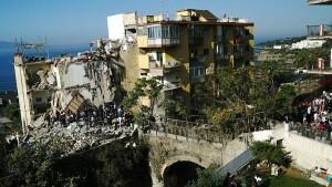 Acht Tote bei Hauseinsturz nahe Neapel