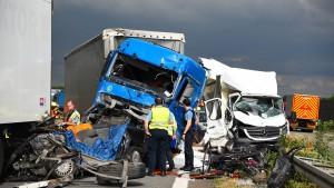 Wieder tödlicher Verkehrsunfall auf A6