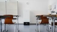 Ein Luftfilter in einem Klassenzimmer im niedersächsischen Lehrte.