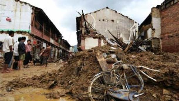 Immer mehr Tote durch Tropensturm Bilis