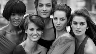 1990, New York: Naomi Campbell, Linda Evangelista, Tatjana Patitz, Christy Turlington und Cindy Crawford (von links nach rechts) auf dem Bild, das ihren Ruf als Supermodels mitbegründete.