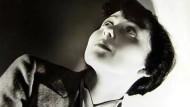 """Hollywood im Blick: Luise Rainer, die 1910 in Düsseldorf geboren wurde, zog 1935 in die Vereinigten Staaten. 1937 gewann sie einen Oscar als beste Hauptdarstellerin in dem Film """"Der große Ziegfeld"""", 1938 einen weiteren für """"Die gute Erde"""". Vor einem Jahr starb sie, fast 105 Jahre alt, in London."""