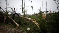 Fast 100 Tote und 800 Verletzte nach Tornados in China