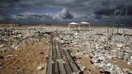 Rund 3760 Tonnen Plastik an der Oberfläche des Mittelmeers