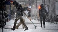 Schneesturm legt amerikanische Ostküste lahm