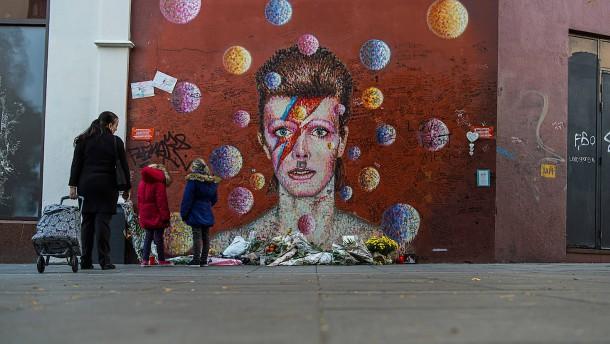 Bowies gesammelte Kunst erzielt ein Vermögen