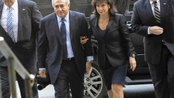 Strauss-Kahn erklärt sich für nicht schuldig