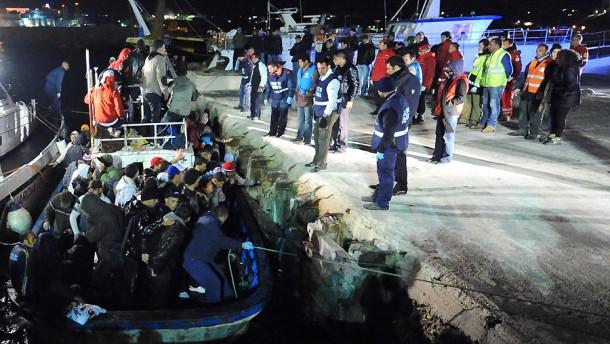 Mehr als 200 Flüchtlinge ertrunken