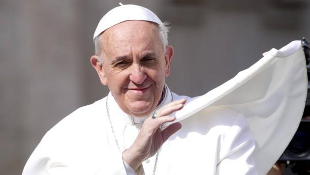 Papst Franziskus schlägt Snowden und Miley
