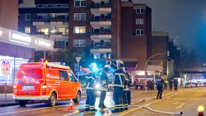 Zwei Tonnen illegales Feuerwerk in Wohnhaus entdeckt