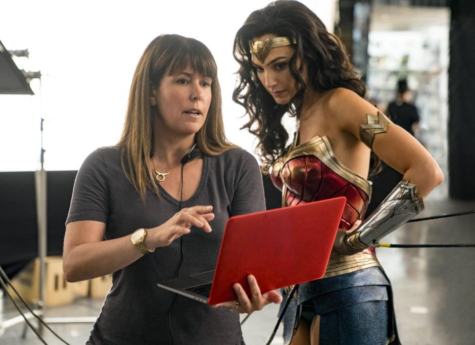 Nicht nur Schauspielerin, sondern auch Produzentin: Gal Gadot mit Regisseurin Patty Jenkins (links)
