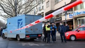 Spektakulärer Überfall auf Geldtransporter in Berlin