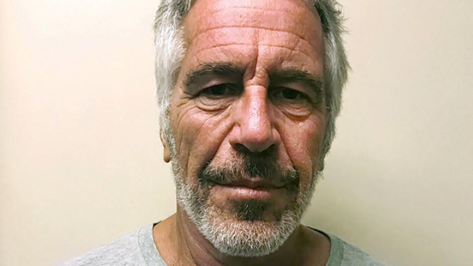 Doch kein Suizid? Der Sexualstraftäter Jeffrey Epstein starb in seiner Gefängniszelle.